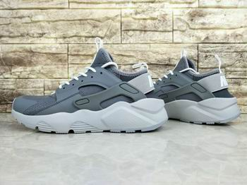 cheap Nike Air Huarache shoes women from discount 22794